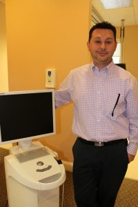 Dr. Gio Iuculano, DDS with CEREC dental camera and monitor